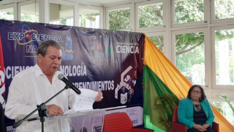 Inauguran feria de pequeños emprendedores Managua. Por Jaime Mejía/Radio La Primerísima