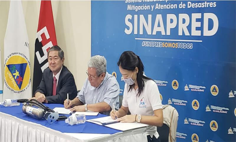 Japón dona casas de campaña y otros enseres para afectados por paso del Huracán ETA Managua. Radio La Primerísima