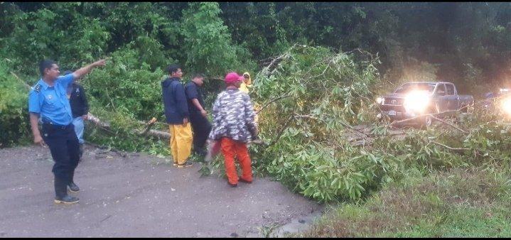 Lluvias causan afectaciones en tramos de carreteras y puentes Managua. Por Jaime Mejía/Radio La Primerísima