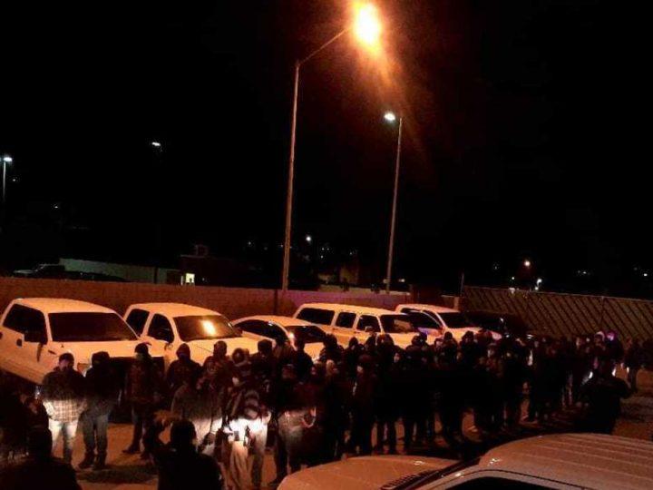 Rescatan a migrantes acuartelados en un motel en Baja California
