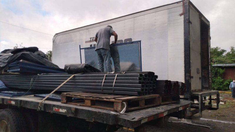 Envían materiales para reconstruir escuelas dañadas por ETA Managua. Radio La Primerísima