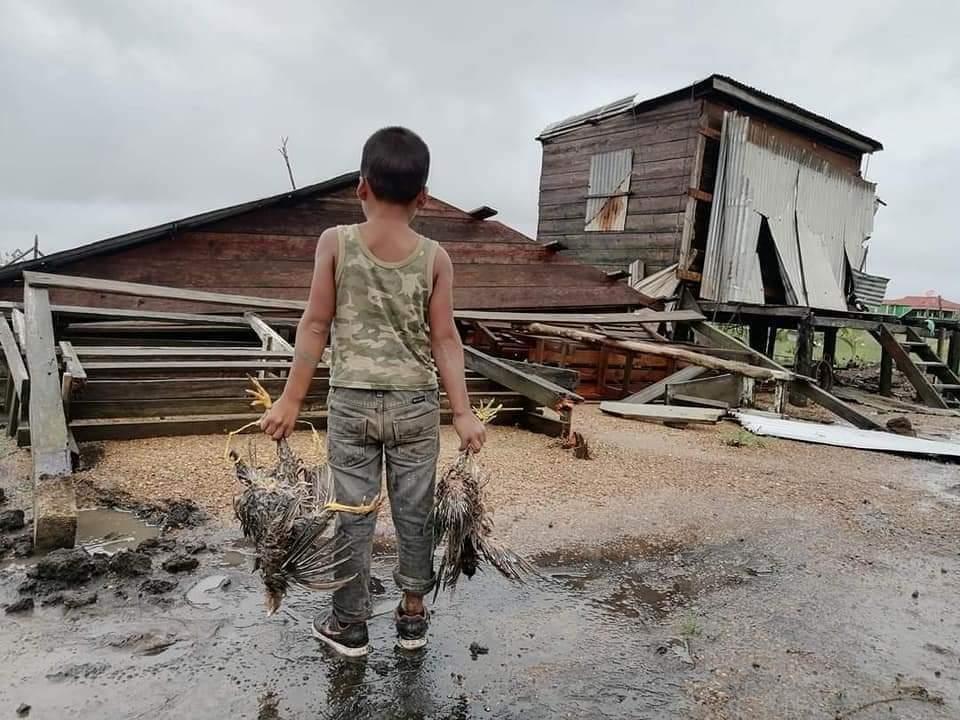 Catastrófico paso del feroz huracán ETA por Bilwi Managua. Radio La Primerísima