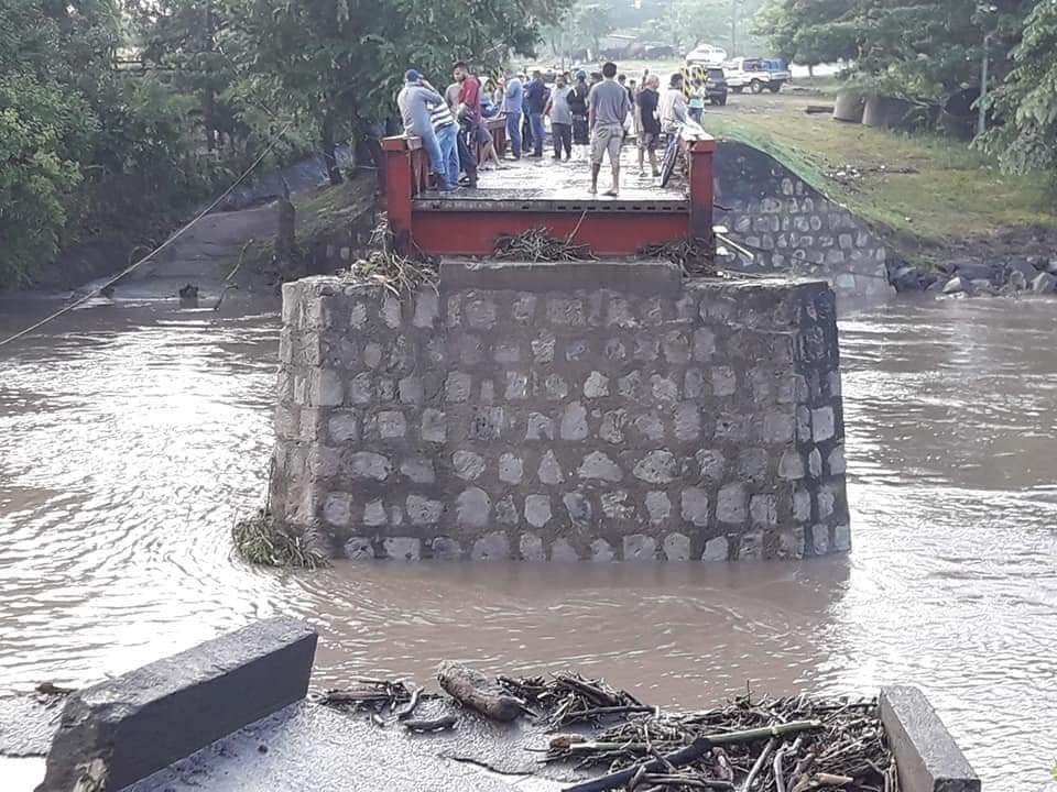 Teustepe aislado tras caída de puente Managua. Radio La Primerísima