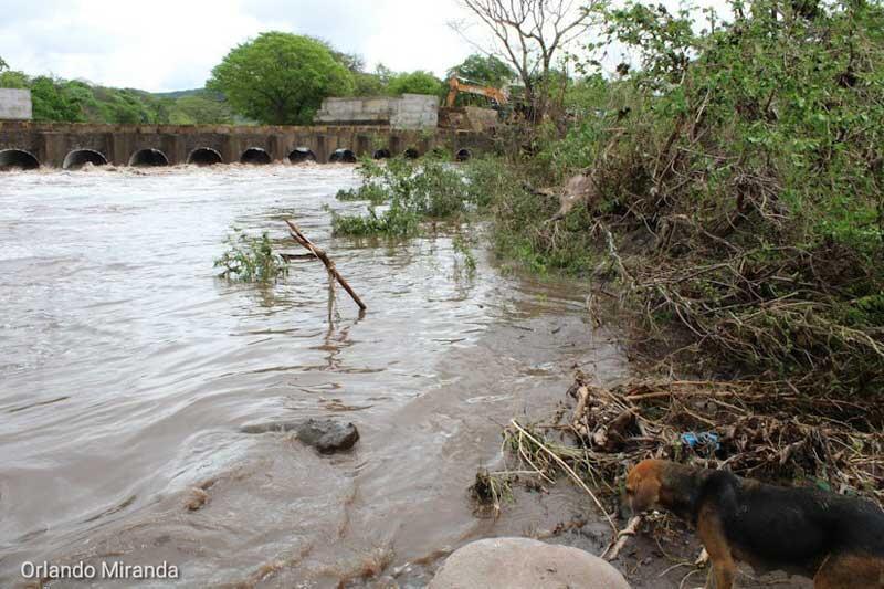 Reportan dos muertos por lluvias en Carazo Managua. Radio La Primerísima