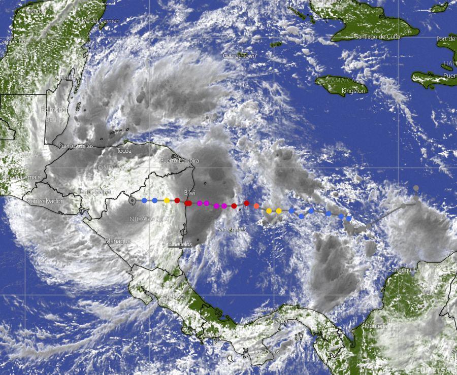 """""""Iota"""" se degrada a tormenta tropical Managua. Radio La Primerísima"""