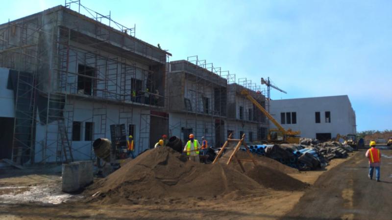 Supervisan construcción del hospital en Chinandega Managua. Radio La Primerísima