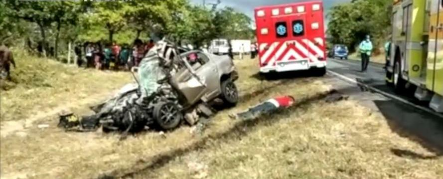 Choque frontal deja un fallecido en Carretera Norte Managua. Radio La Primerísima