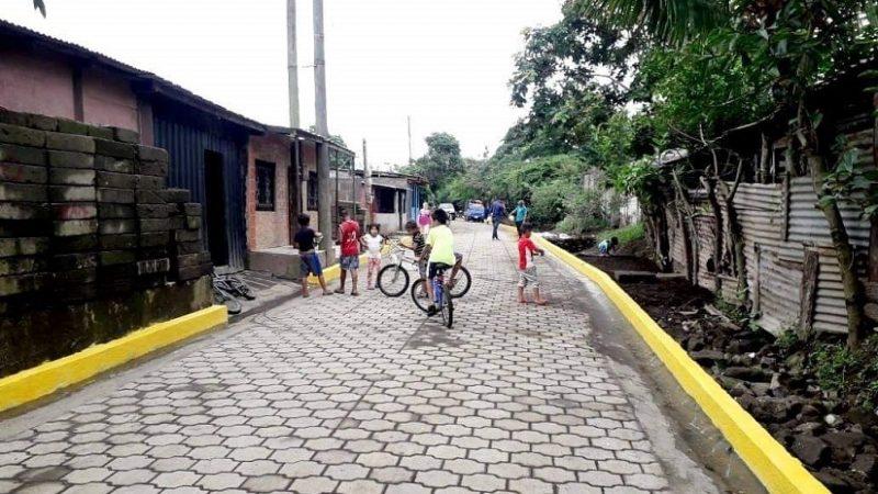 Familias de San Marcos gozan de mejoras en sus calles Managua. Radio La Primerísima
