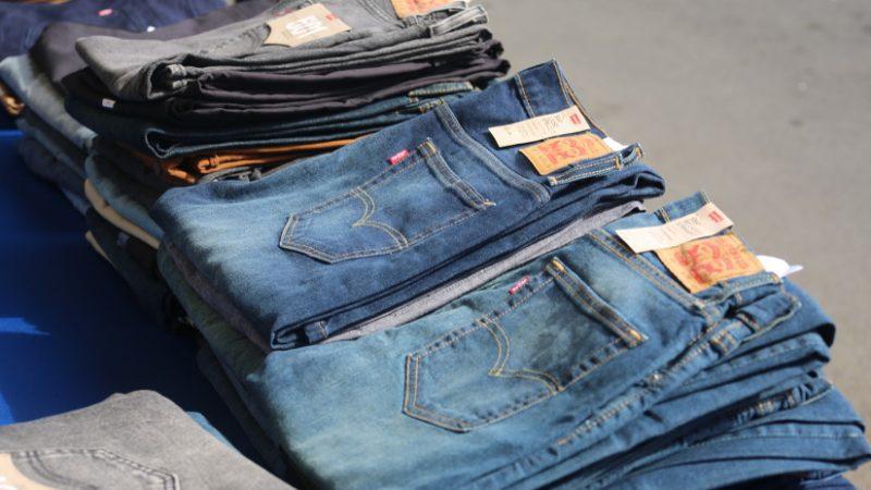 Continúa Feria del Jeans en puerto Salvador Allende Managua. Radio La Primerísma