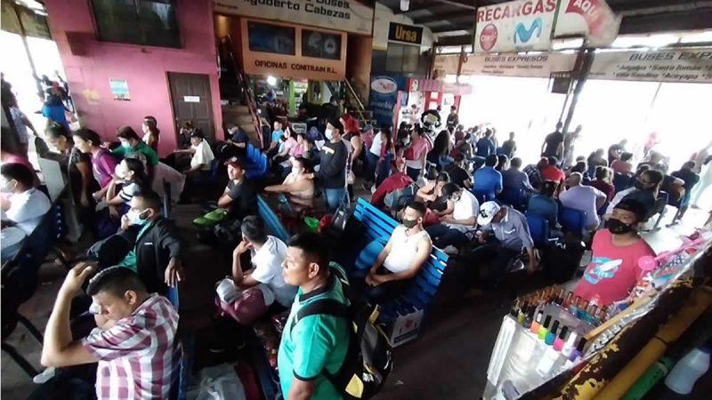 Terminales de buses inter departamentales abarrotadas Managua. Radio La Primerísima