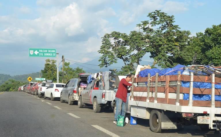 Cientos de migrantes varados en la frontera Guatemala- México Agencia
