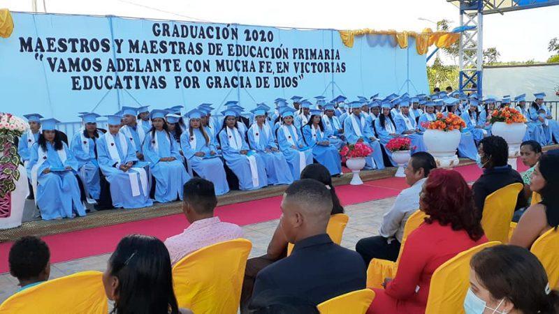 Caribe Sur cuenta con 90 nuevos maestros de educación primaria Managua. Radio La Primerísima