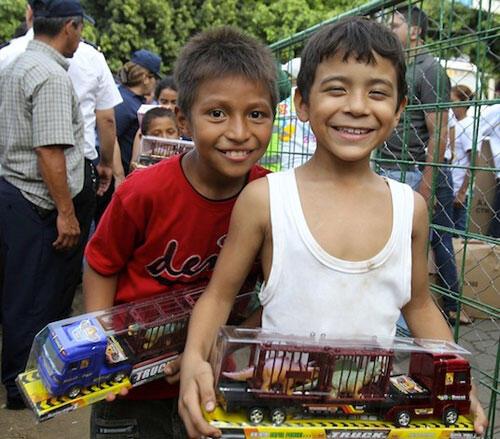 MINED dará inicio a la entrega de juguetes este jueves Managua. Por Jaime Mejía/Radio La Primerísima