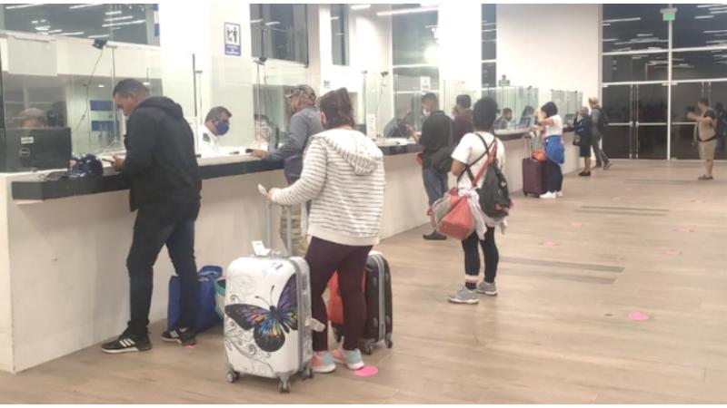 Llegan 250 nicas procedentes de Panamá Managua. Radio La Primerísima