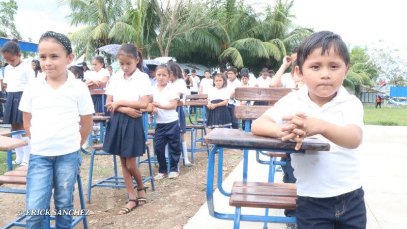 Reconstruyen colegio Nuevo Amanecer en Prinzapolka Managua. Radio La Primerísima