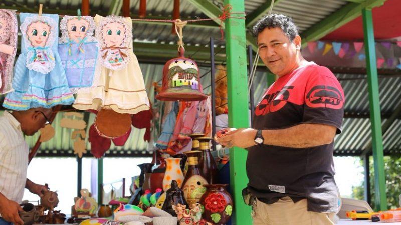 Capacitan a emprendedores para vender en redes sociales Managua. Radio La Primerísima