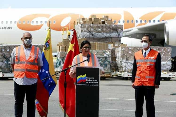 En Venezuela noveno vuelo desde China con insumos médicos y medicinas