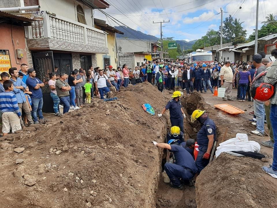 Obrero muere soterrado en su primer día de trabajado Managua. Por Jerson Dumas/Radio La Primerísima