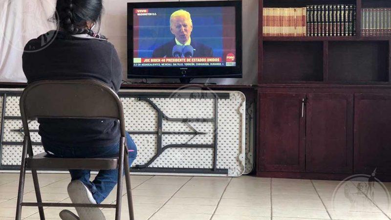 Migrantes en Juárez celebran investidura de Biden Agencia