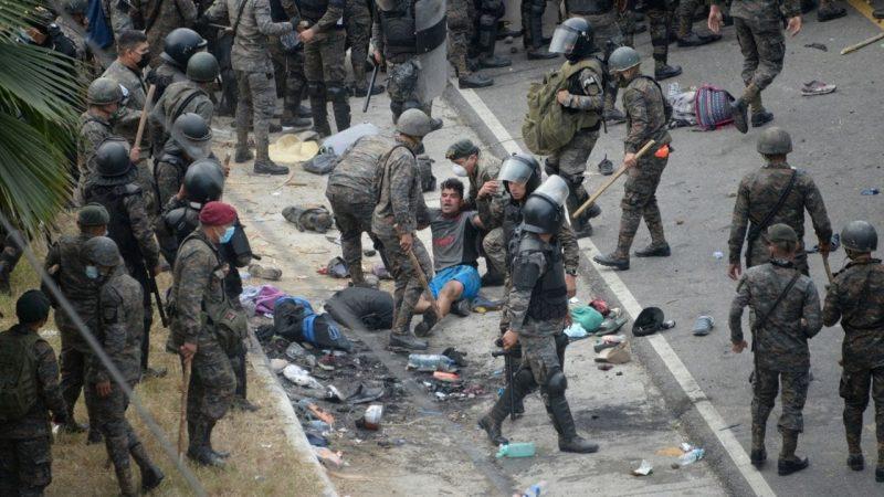 """OIM pide evitar fuerza """"injustificada o excesiva"""" contra migrantes Ciudad de Guatemala. Agencias"""