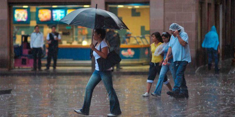 Honduras ordena evacuación de familias por lluvias Agencia