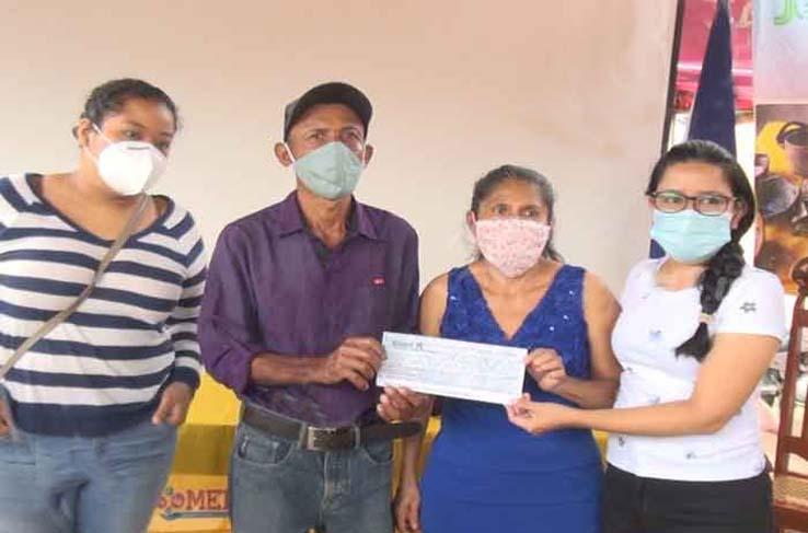 MEFCCA entrega créditos a emprendedores de Madriz Managua. Radio La Primerísima