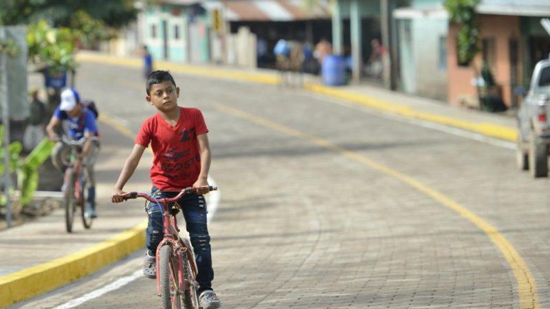 Nueva carretera beneficia más de 10 mil habitantes en Waslala Managua. Por Libeth González/Radio La Primerísima
