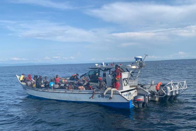Aumenta llegada de migrantes a Canarias Agencia