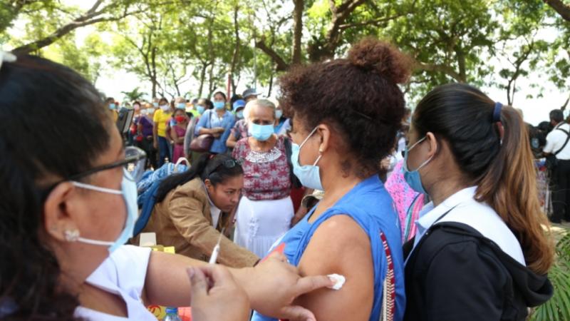 Campaña Nacional de Vacunación contra la Influenza avanza un 77% Managua. Radio La Primerísima