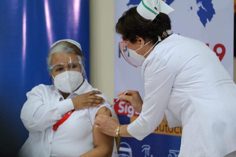 Panamá inicia proceso de vacunación contra el Covid-19 Agencia