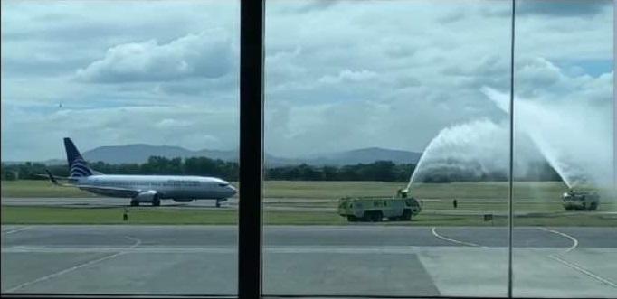 Arriba primer vuelo de Copa Airlines Managua. Radio La Primerísima
