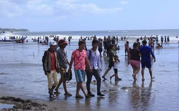 Miles de familias visitan Pochomil, Masachapa y La Boquita Managua. Radio La Primerísima