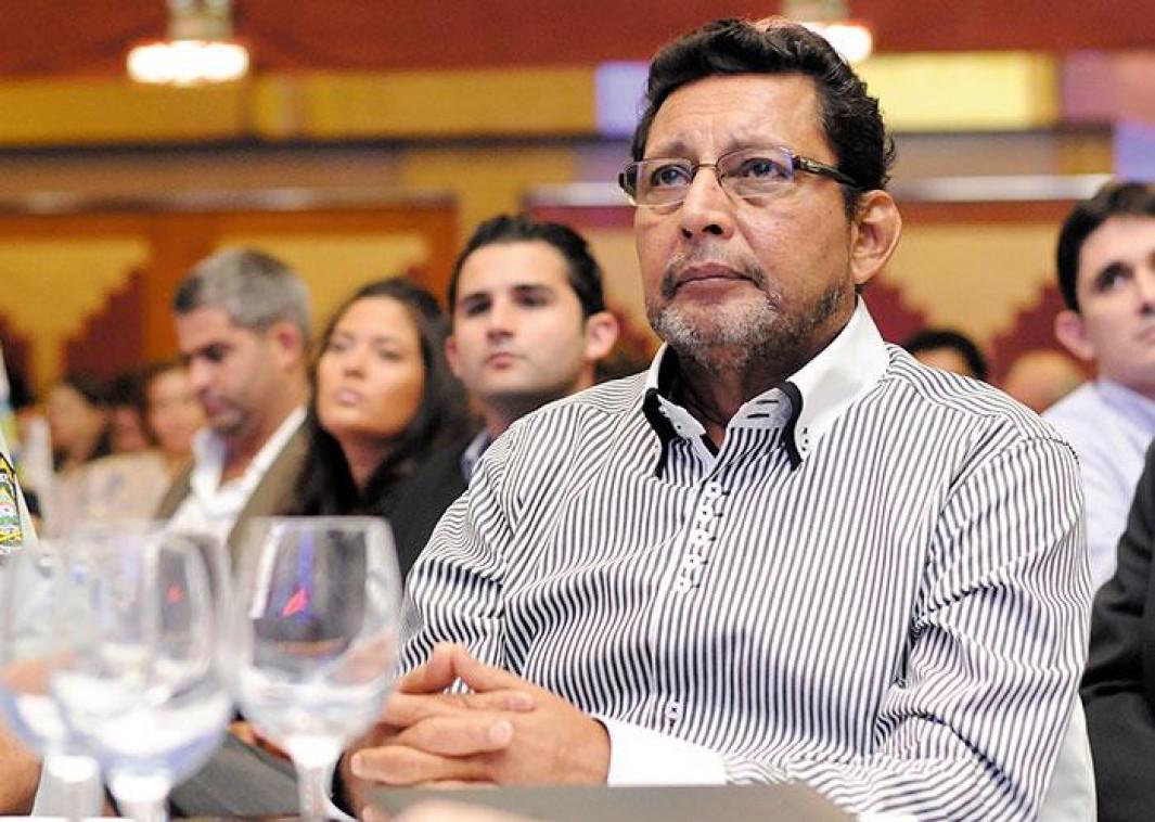 Bayardo Arce recomienda cautela con salario mínimo Managua. Radio La Primerísima