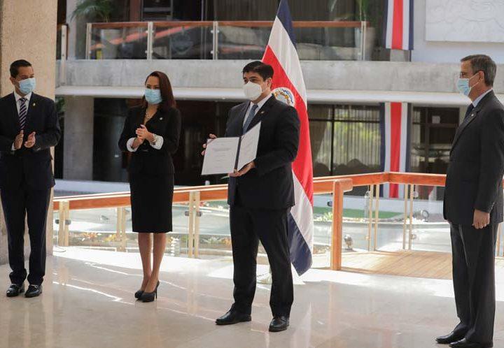 Costa Rica reduce aporte estatal a partidos para campaña electoral