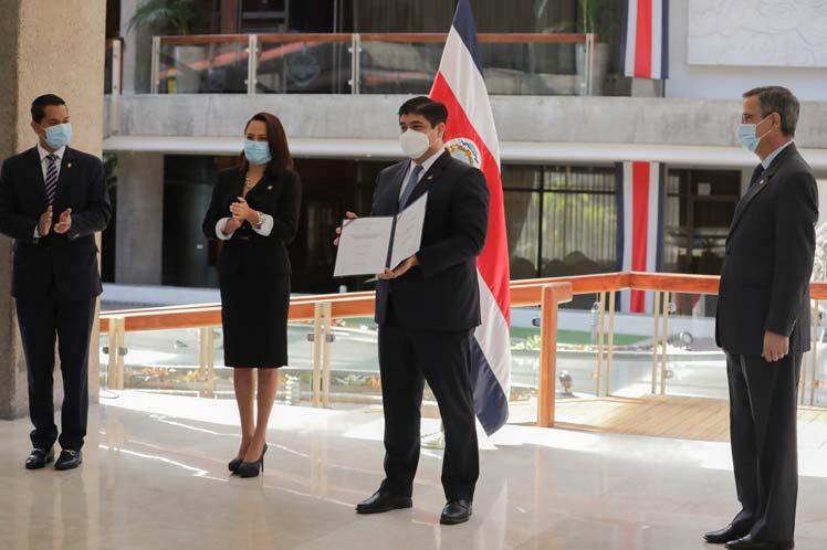 Costa Rica reduce aporte estatal a partidos para campaña electoral San José. Prensa Latina