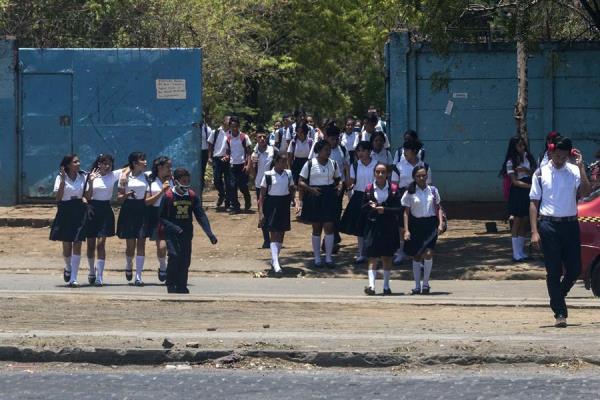 UNICEF sugiere mantener clases presenciales en escuelas Agencia