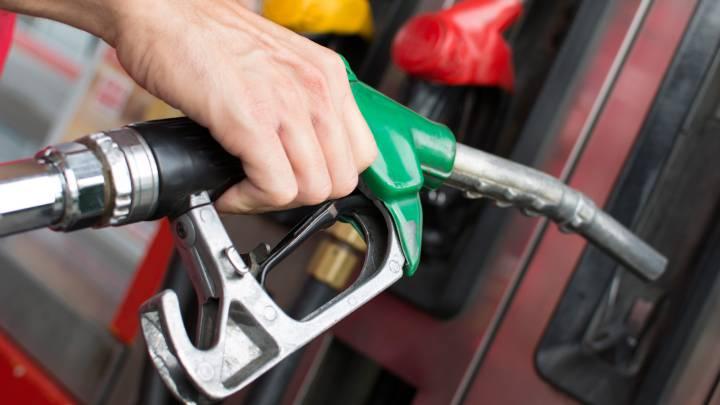 Fuerte alza en precios de las gasolinas Managua. Radio La Primerísima