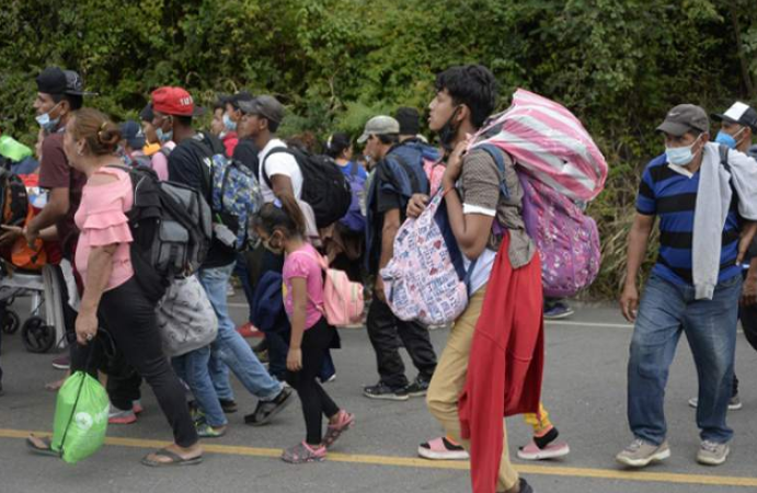 Asisten a más de 40 menores de la caravana de migrantes de Honduras Agencia
