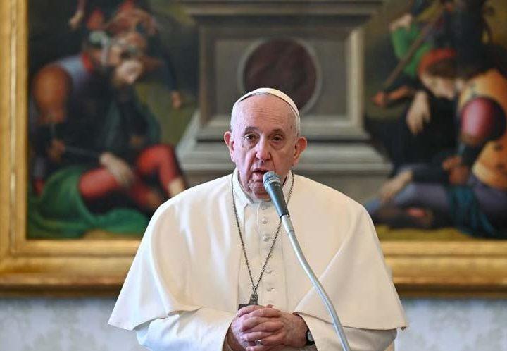 El Papa pide acabar con armas nucleares