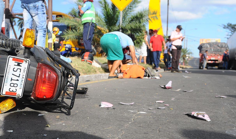 Exceso de velocidad deja un muerto en la capital Managua. Radio La Primerísima