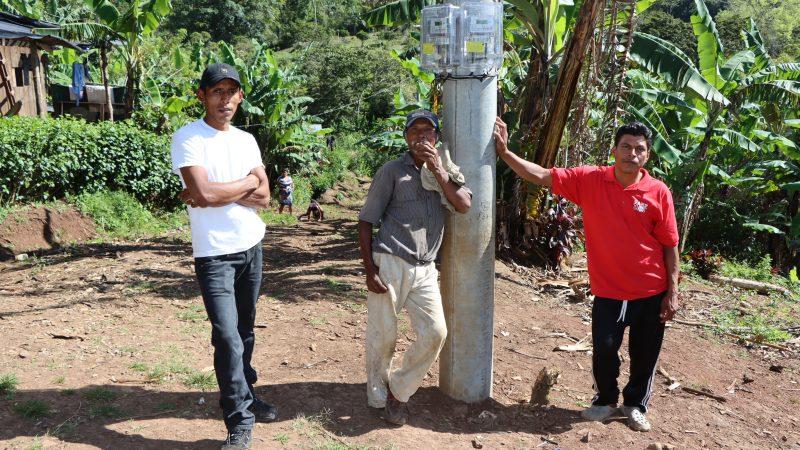 Más comunidades del Caribe Norte con energía eléctrica Managua. Radio La Primerísima