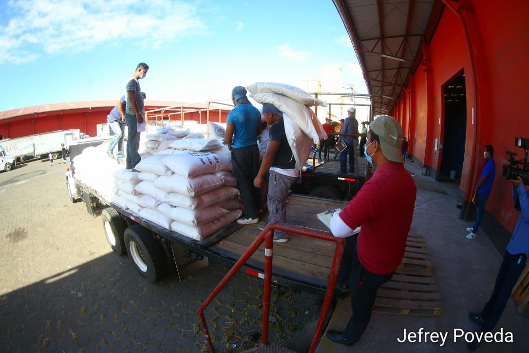 Envían Merienda Escolar reforzada a zonas afectadas por huracanes Managua. Radio La Primerísima