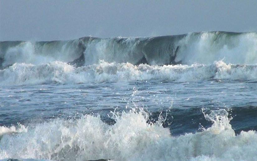 Pronostican olas de hasta dos metros de altura para esta semana Managua. Jaime Mejía/ La Primerísima