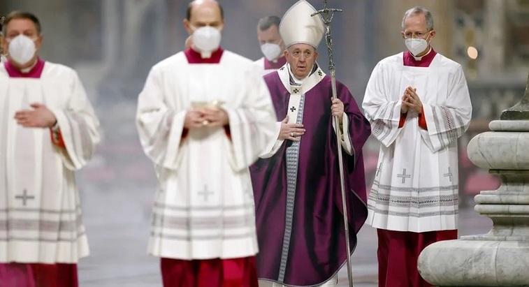 Papa readapta misa del Miércoles de Ceniza por Covid-19 Managua. Radio La Primerísima