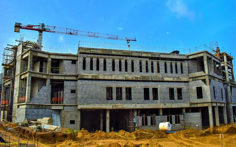 BCIE financiará construcción de 6 hospitales Tegucigalpa. Radio La Primerísima