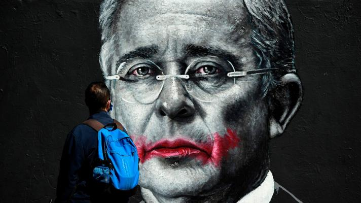 Álvaro Uribe Vélez, un criminal impune Por María Fernanda Barreto | Misión Verdad, Venezuela