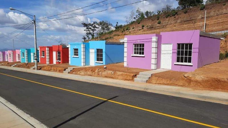 Inauguran urbanización en El Crucero Managua. Radio La Primerísima