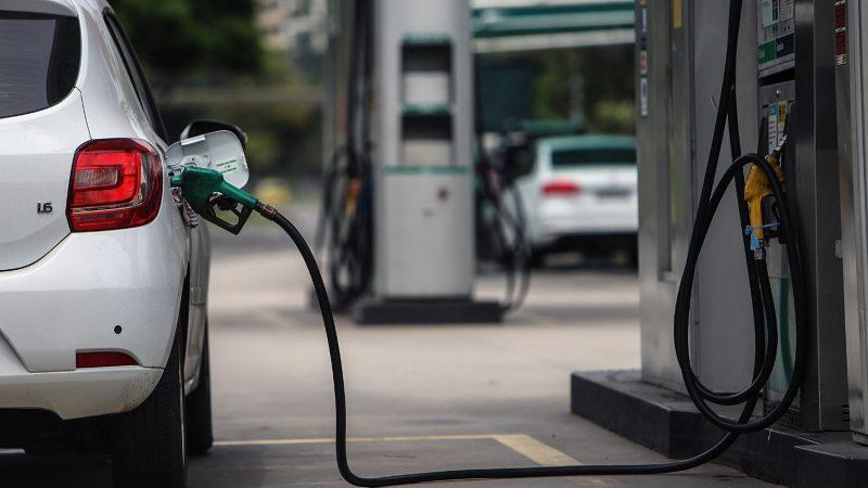 Vuelven a subir precios de combustibles Managua. Radio La Primerísima