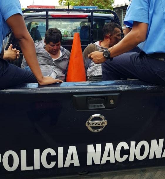 Capturan y golpean a ladrones en Valles de Sandino Managua. Radio La Primerísima