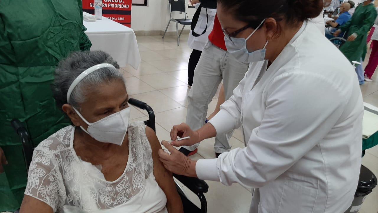 Martes 6 inicia vacunación con Covishields Managua. Radio La Primerísima
